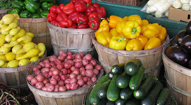 Vicksburg Farmers Market: Every Friday